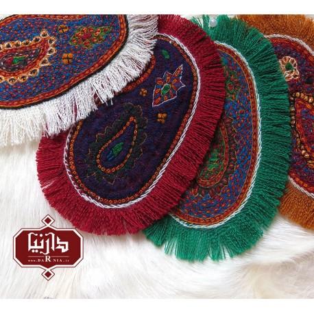 پته دوزی روی مانتو صنایع دستی،پته رنگی، هنر، هنرمند، هدیه، زیبا، دست دوز