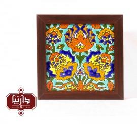 تابلو کاشی هفت رنگ طرح گل شاه عباسی
