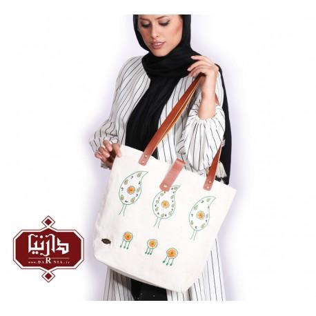 کیف پارچه ای دستبافت گلدوزی شده طرح سرو
