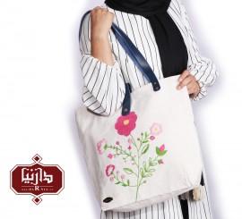 کیف پارچه ای دستبافت گلدوزی شده طرح گل