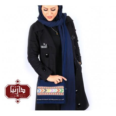 کیف گلیم دستبافت طرح سنتی رنگ سرمه ای