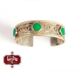 دستبند سنتی ترکمن طرح نعلی نگین سبز